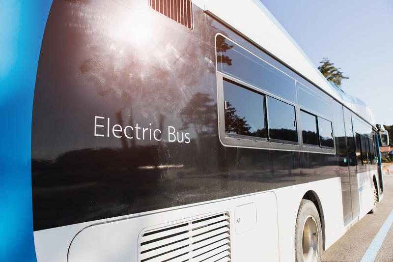 Община Бургас търси доставчик на електрически автобуси