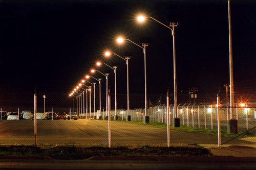 Община Добрич избира доставчик на ел. материали за улично осветление