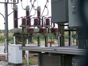 ЕСО започна процедура за основен ремонт на трансформатор тип ТМРУ