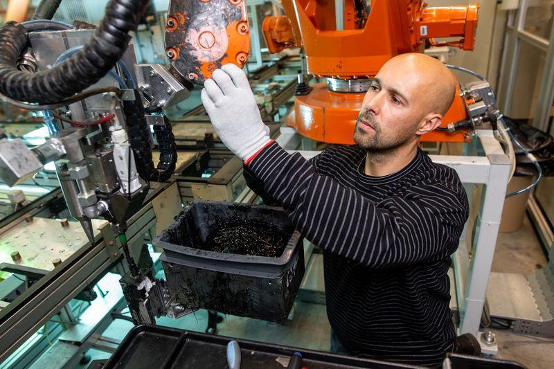 НСИ отчете недостиг на работна сила в промишлеността