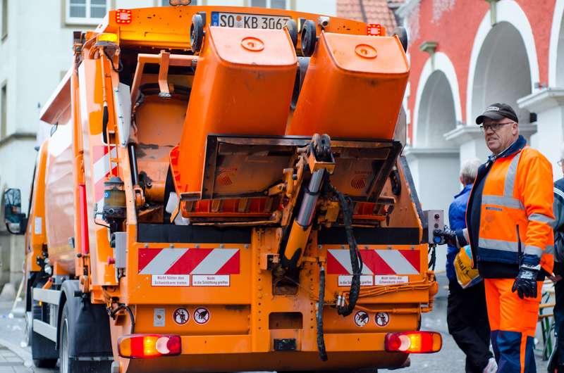 Община Долна Митрополия търси фирма за сметосъбиране и сметоизвозване
