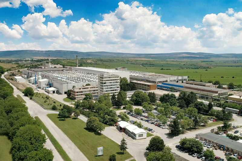 Алкомет изгражда цех за производство на профили