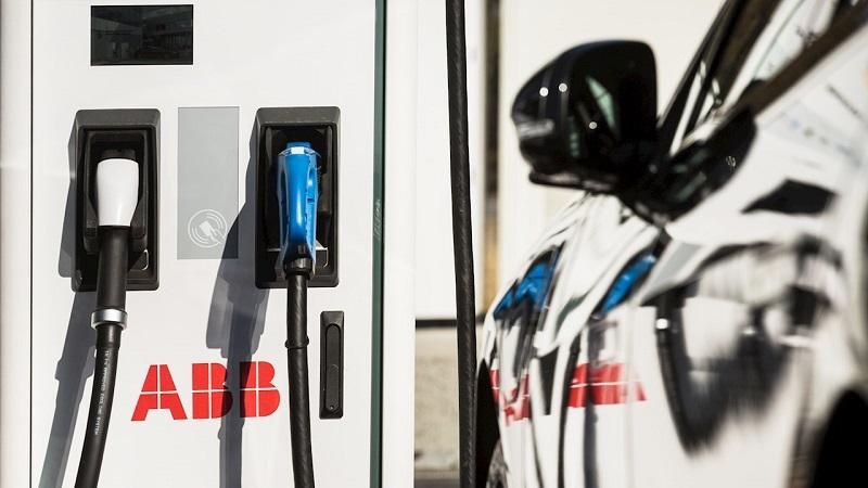 АББ и Eldrive оборудват първия бързозаряден хъб за електромобили в София