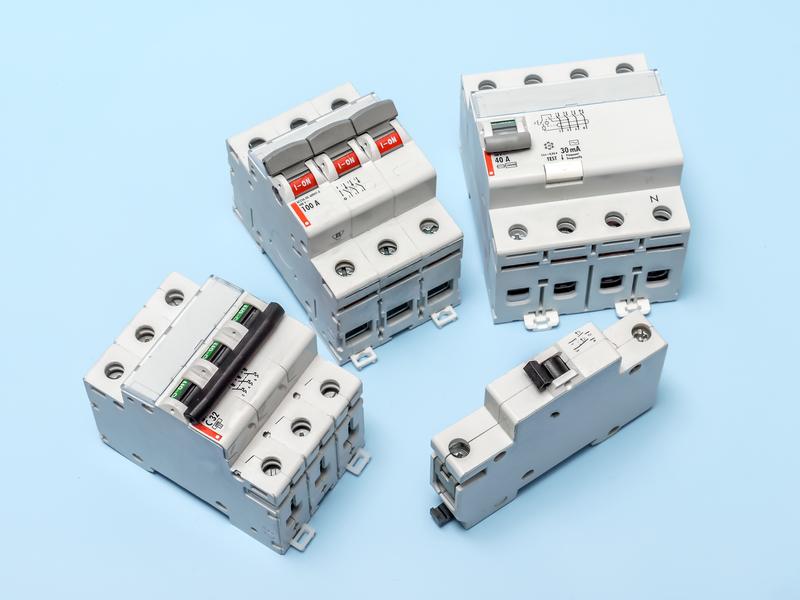 ЕСО търси фирма за доставка на електрокомпоненти
