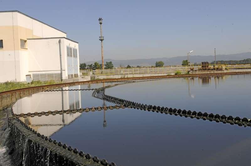 Софийска вода търси фирма за изработка и монтаж на вливен механизъм