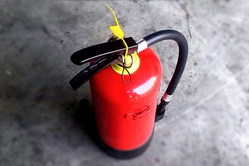НЕК обяви търг за техническо обслужване на пожарогасители