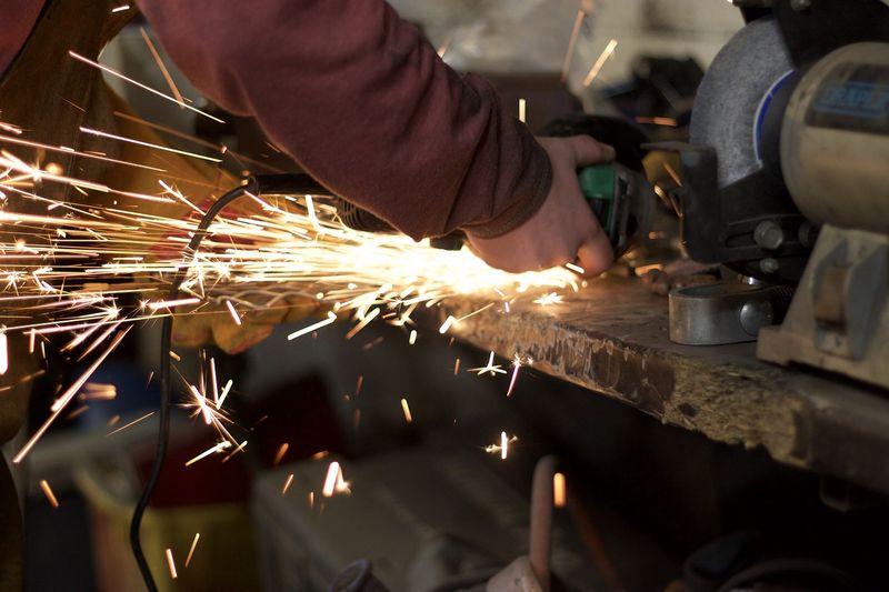 ЕСО търси доставчик на консумативи за металообработване