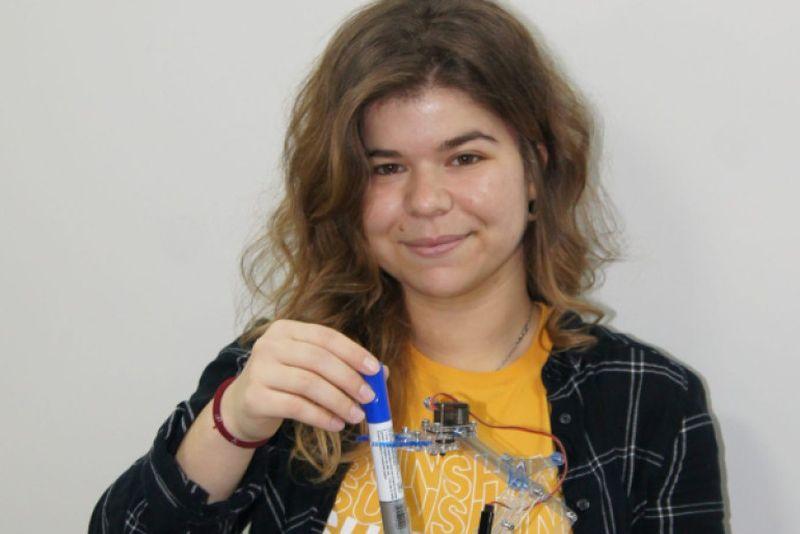 Студентка от ТУ спечели наградата на херцога на Единбург