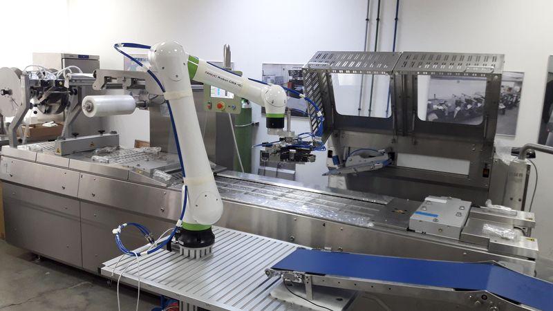 INTRAMA разработи компактна автоматизирана опаковъчна линия с кобот FANUC CRX