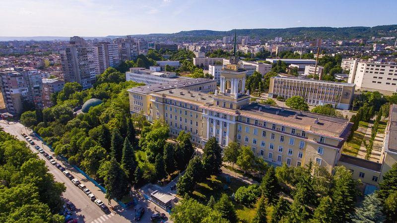 Варна ще си партнира със София в привличането на инвеститори
