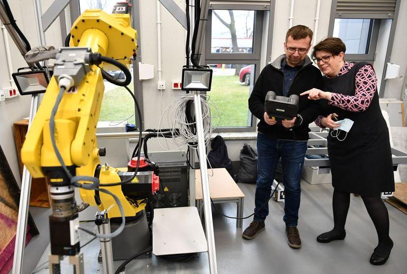 Изследователи от WUNT разработват нова система за поддръжка на минно оборудване
