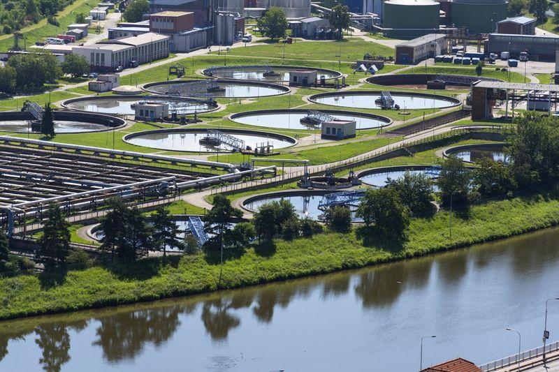 Schneider Electric обединява сили със SUEZ за иновативни решения за управление на води