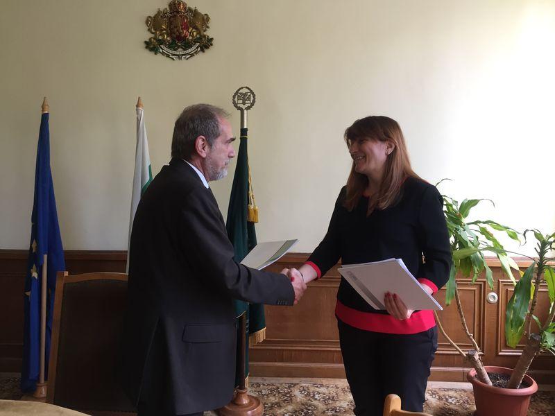 НКИЗ и ЛТУ подписаха меморандум за сътрудничество