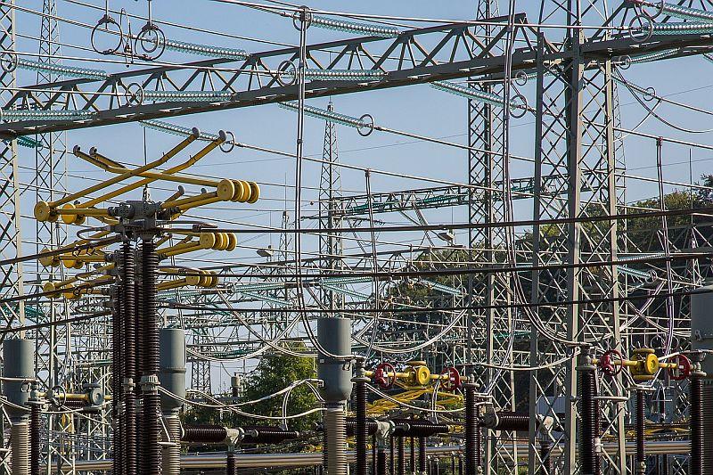 ЕСО търси доставчик на алуминиево-стоманени проводници и стоманени въжета