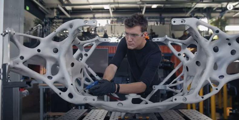 Проектиране с Fusion 360 на <strong>Autodesk</strong>