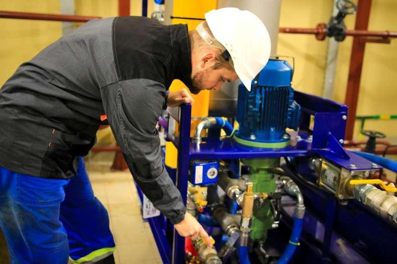 ЕСО търси фирма за ремонт на двигатели