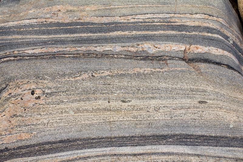 Стоун Филе инвестира 93 хил. лева в добив на гнайси в Гърмен