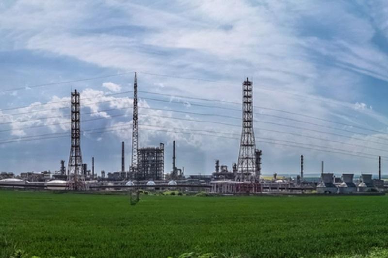 Лукойл Нефтохим Бургас търси изпълнител за доставка на резервни части за електронагревателни системи