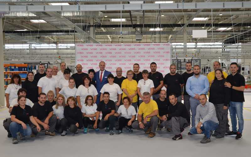VOSS Automоtive инвестира 15 млн. евро в Ловеч, планира сътрудничество с ТУ-София