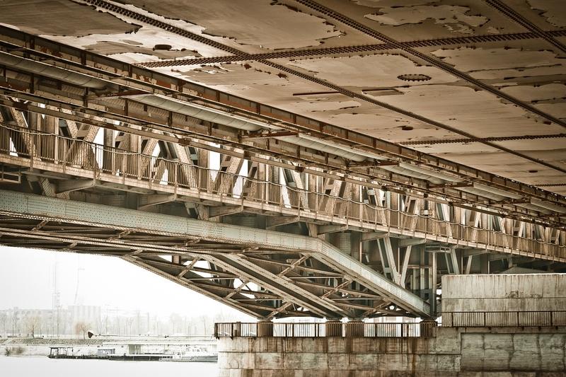 <strong>ДП</strong> <strong>НКЖИ</strong> откри търг за ремонт на хидроизолация на мост