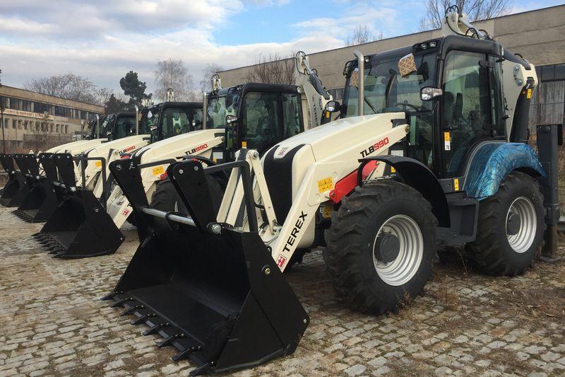 ЮЗДП Благоевград откри търг за дооборудване на комбинирани багер-товарачи