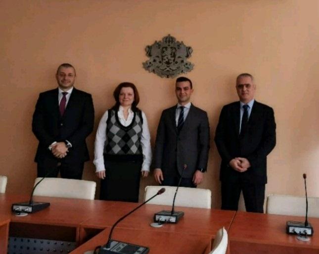 Проведе се тристранна работна среща между ИАНМСП, МИ и ЕБВР