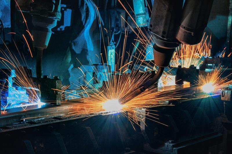 Производители на автомобилни части спират работа