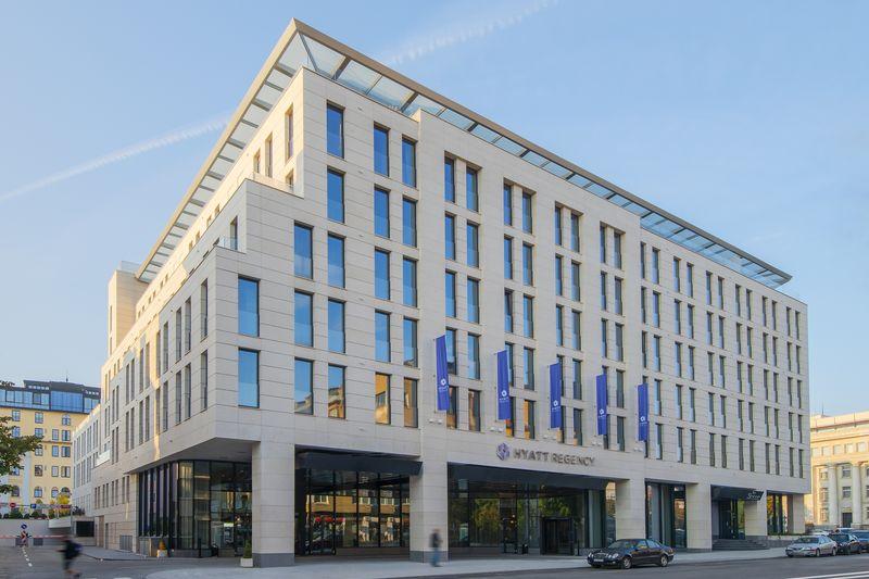 Ексклузивно интервю разкрива най-интересното за сградните инсталации на новооткрития Hyatt Regency Sofia