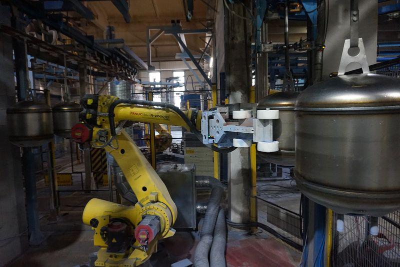 TESY избира FANUC при роботизацията на производството
